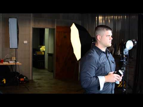 The Best Photography Lighting for an Indoor Wedding : Photography Lighting