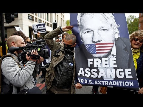 Wikileaks founder Julian Assange fights extradition to the US