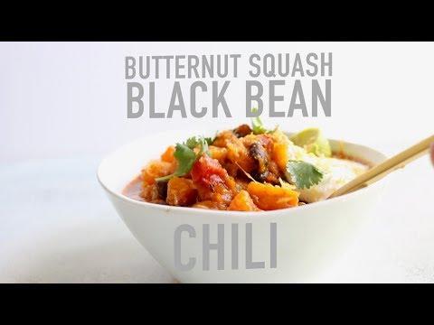 RECIPE// Butternut Squash Black Bean Sausage Chili (easy healthy game day chili recipe)