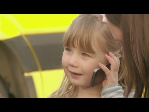 Three-year-old girl's 999 call saves pregnant mum