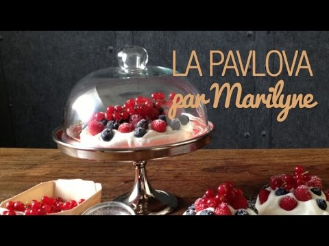 recette de la pavlova un d licieux dessert russe par. Black Bedroom Furniture Sets. Home Design Ideas