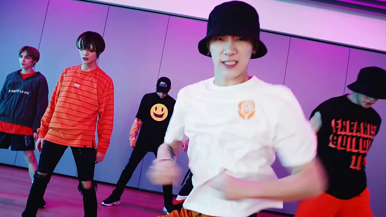 WayV 와이 ㅂ 'Turn Back Time (시간을 되돌려)' Dance Practice
