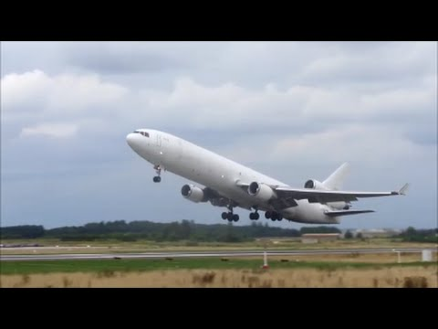 Global Africa Aviation MD-11f take-off from Liège airport.
