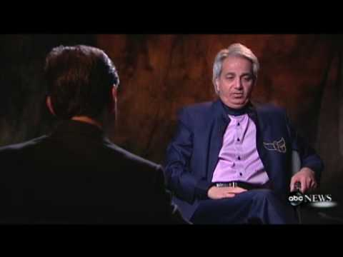 IRS investigators search televangelist Benny Hinn's offices