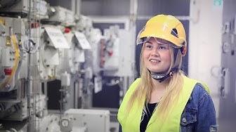 Savonia-amk:n sähkötekniikan opiskelijoiden opintoretki Iisalmen sähköasemille - Savon Voima Verkko