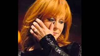 Watch Reba McEntire Dont Touch Me There video