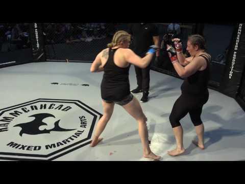 Bea May V Cat Edwards   MMA 93kg   Bucket List 2