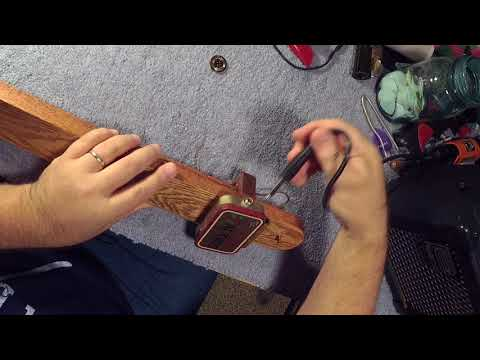 Make a Diddley Bow Pickup from an Altoids tin & piezo