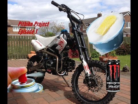 Pitbike Project #1 - Cleaning, Painting and Oil Can