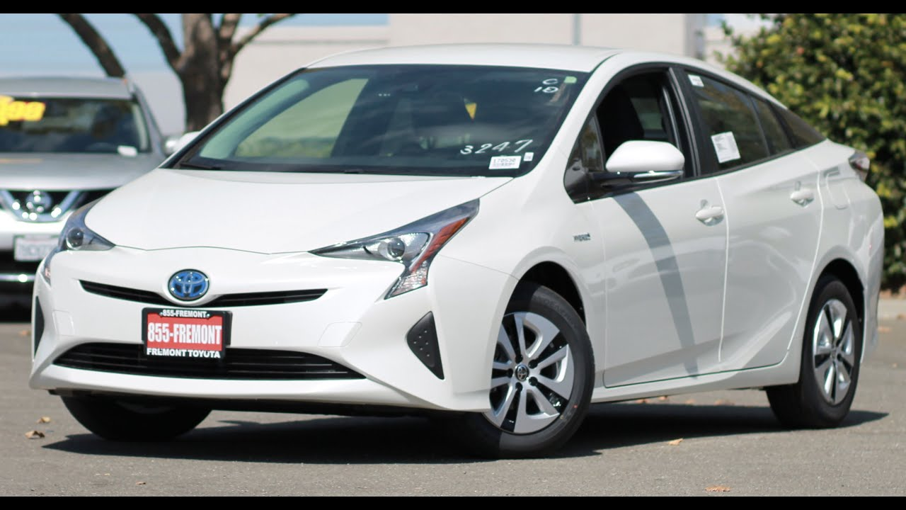 2017 toyota prius ii eco walkaround youtube. Black Bedroom Furniture Sets. Home Design Ideas
