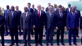 «За спиной, как за стеной»: на групповой фотографии Дональд Трамп загородил Ангелу Меркель