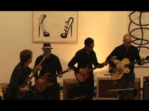 Los Angeles Electric 8 - Balinesa: El canto de los changos