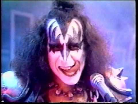Kiss - I Love It Loud - Top Of The Pops Holland Television Performance