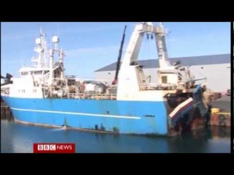 BBC News Report Iceland people against European Union and Euro