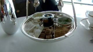 Dubai High Tea in Burj Al Arab.2