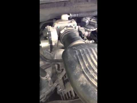 2005 ford f150 46 liter v8 throttle body repair for rough youtube sciox Gallery
