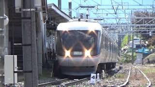 篠ノ井線村井駅…【E353系特急あずさ】…【383系特急ワイドビューしなの】…高速通過…(^^;)