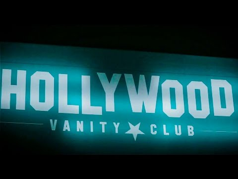 Hollywood Vanity Club // Pink Tv Party