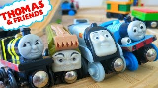 THOMAS AND FRIENDS WOODEN RAILWAY TANK ENGINES ACCIDENTS WILL HAPPEN TRAIN CRASH ISLAND OF SODOR