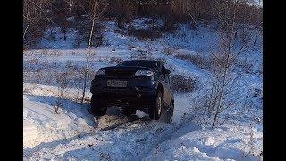 Уаз Патриот Subaru Forester Шевроле Нива Infiniti FX35 на снежной горке!