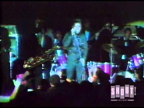 James Brown performs a Song Medley, Live at the Apollo Theater