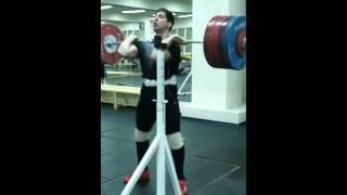 Приседания со штангой на груди front squat 220 kg 3 раза