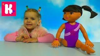 Даша Путешественница - гимнастка распаковка куклы Dora the Explorer Gimnastic doll unboxing(Распаковка интерактивной куклы Даша Путешественница - в роли гимнастки. Кукла делает шпагат и делает гимна..., 2016-01-23T17:14:17.000Z)