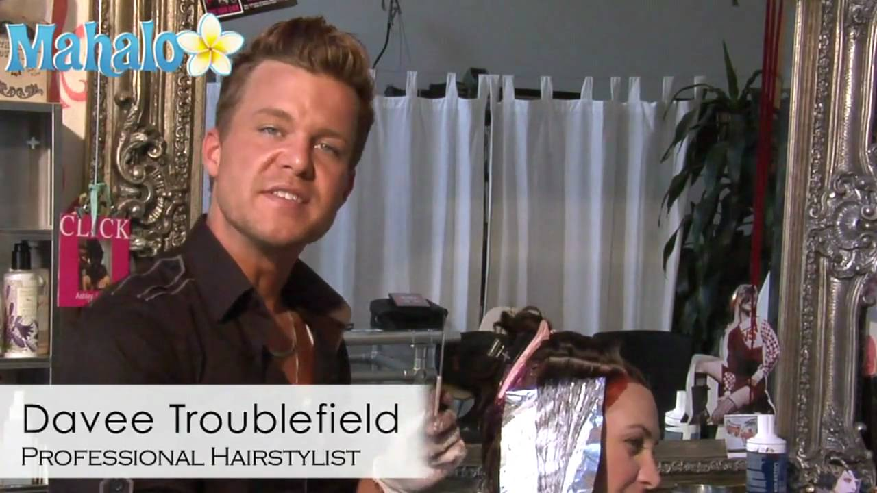 How To Fold Foil For Highlighting Hair Youtube