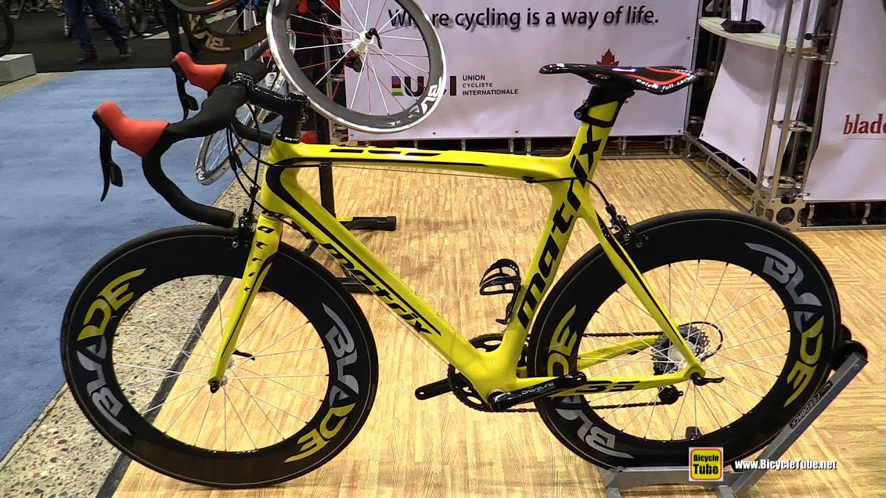 2016 Matrix F35 Road Bike With Blade Wheels Walkaround