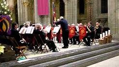 La fanfare de l'Armée du salut joue dans la cathédrale de Lausanne