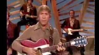 Buck Owens - Ain't It Amazing Gracie [1971] Live