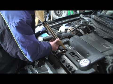 bodgit and leggit garage how to service a Volkswagen 1 4 petrol golf (part 3)