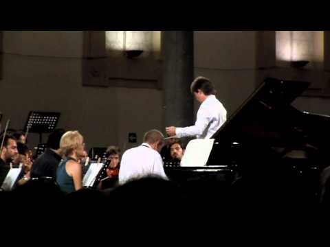Tchaikovsky, piano concerto n. 1, Ivo Pogorelich - 1st mvt (starting only)