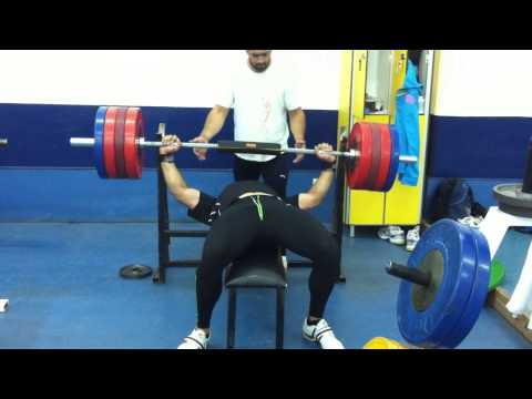 apostolos parellis weight lift  training
