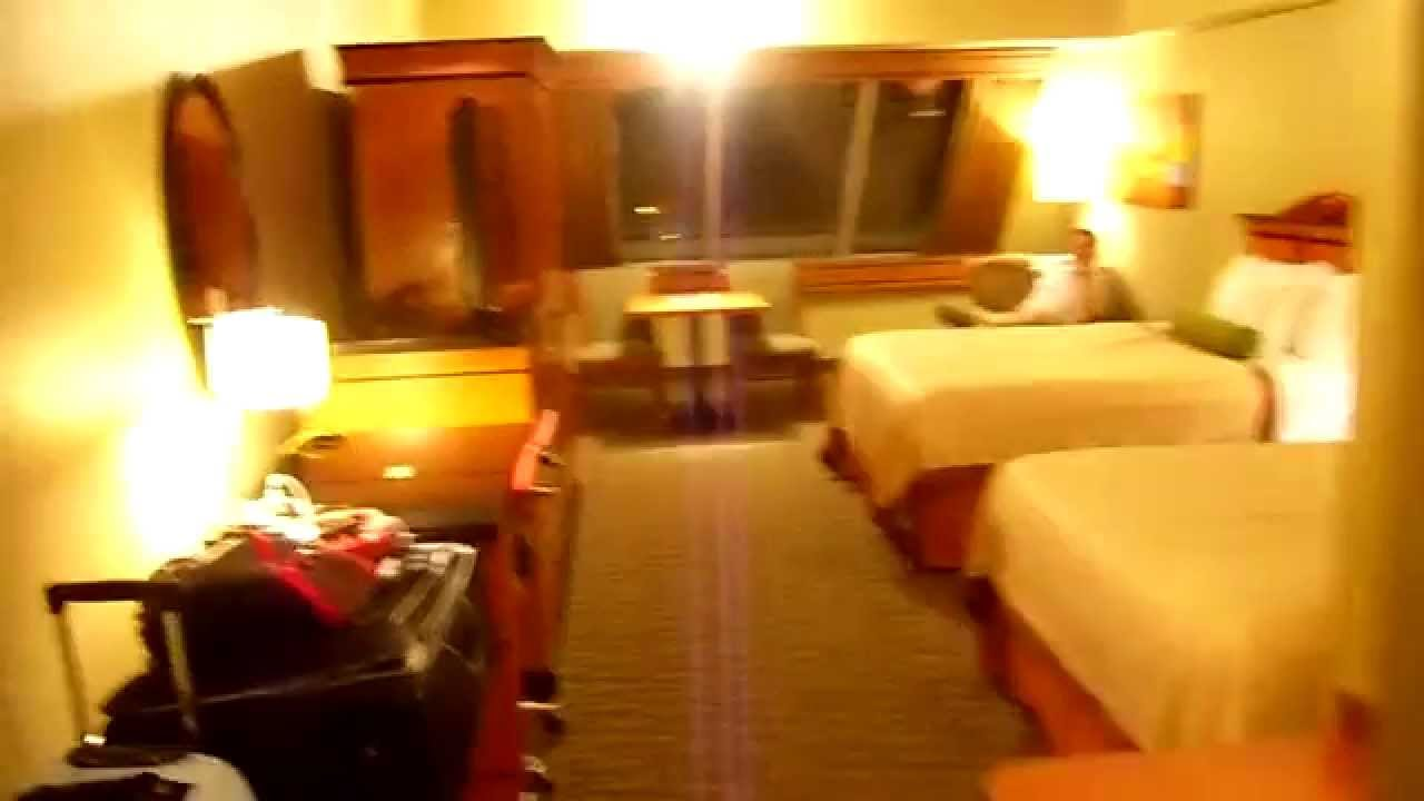 Luxor Hotel Room Review, Las Vegas - YouTube