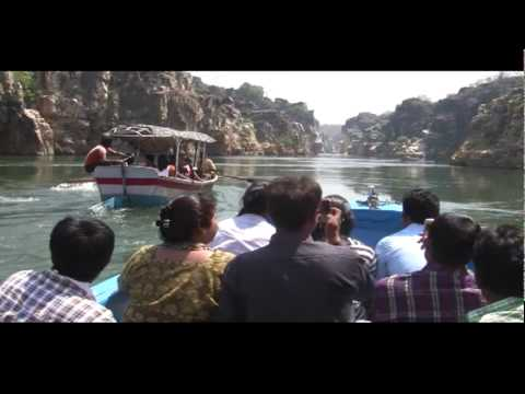 Bhedaghat Of Narmada River Internal Tour by motor boat  with Guide commentary 02.vob