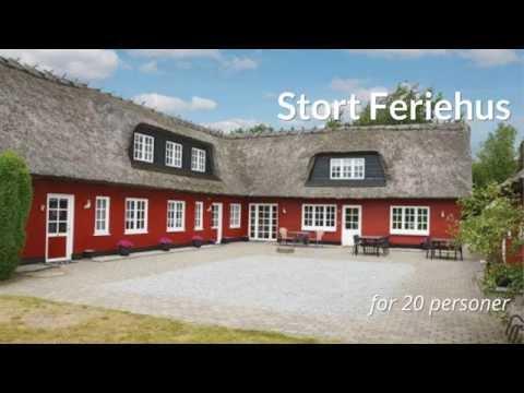 Stort Feriehus i Midtjylland | Feriebolig til 20 Personer | Pool Hus | Feriebolig til Flere Familier
