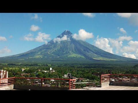 Climbing Mt. Mayon volcano, July 2011