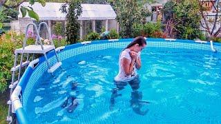ВЛОГ: В Бассейн в одежде прыгнула | Новая прическа Маши | Собрание нашего СНТ 5.08.2017
