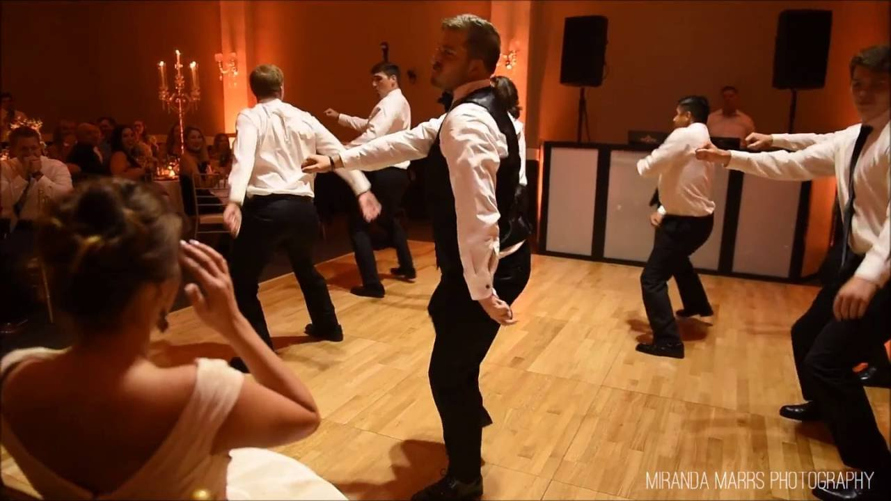groom surprises bride with choreographed dance youtube