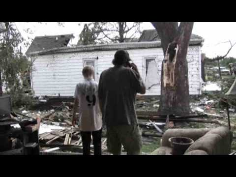 Williamsville Residents Pick Up The Pieces