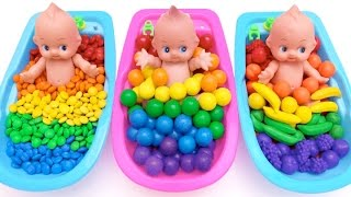 Learn Colors M&Ms Chocolate Bubble Gum Baby Doll Potty Training Bath Time For Children Kids