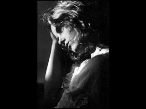 Maria McKee - Am I The Only One