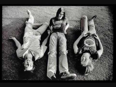 Nirvana - Love Buzz [With Lyrics on Video]