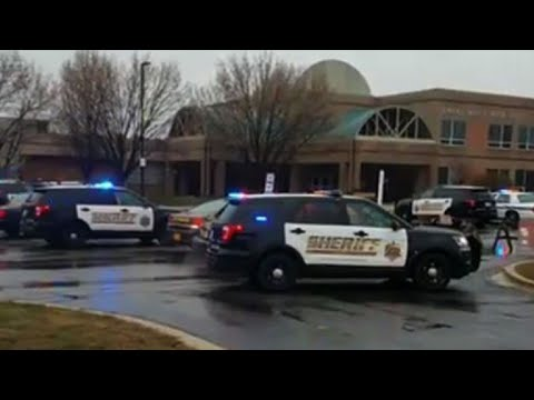 Un muerto y dos heridos en nuevo tiroteo en colegio de EEUU