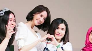 REACTIONS of seeing SNSD YOONA in REAL LIFE ! - FUNNY & SWEET Innisfree Jakarta 2017 - Stafaband