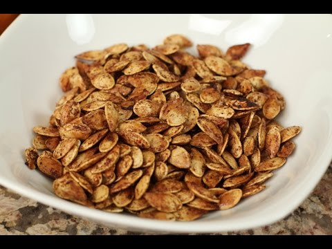 Roasted Pumpkin Seeds With Cinnamon, Sugar, & Coconut Oil by Rockin Robin