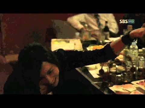 Siwon singing Karaoke in Athena