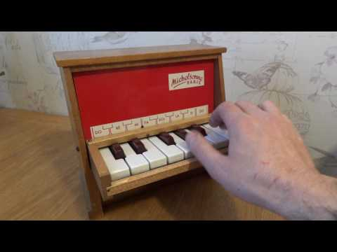 Michelsonne 12 Key Toy Piano