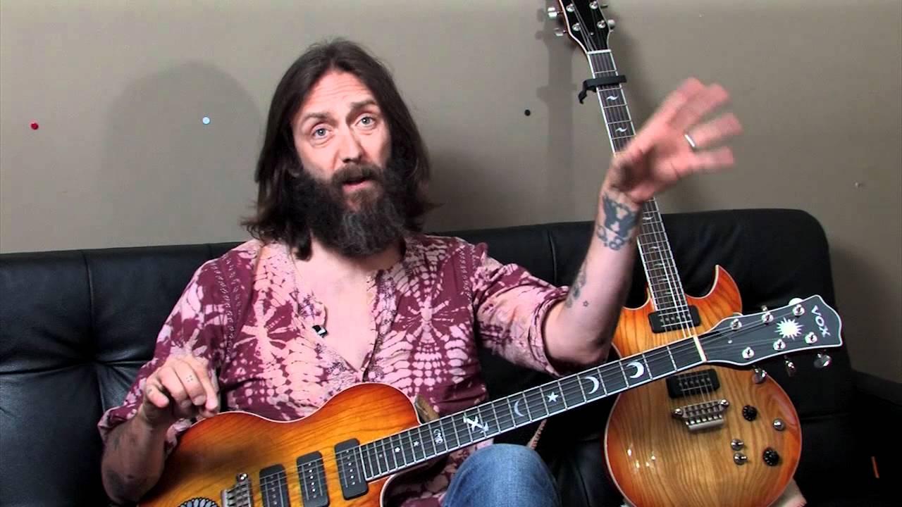 Chris Robinson talks about VOX Guitars - YouTube